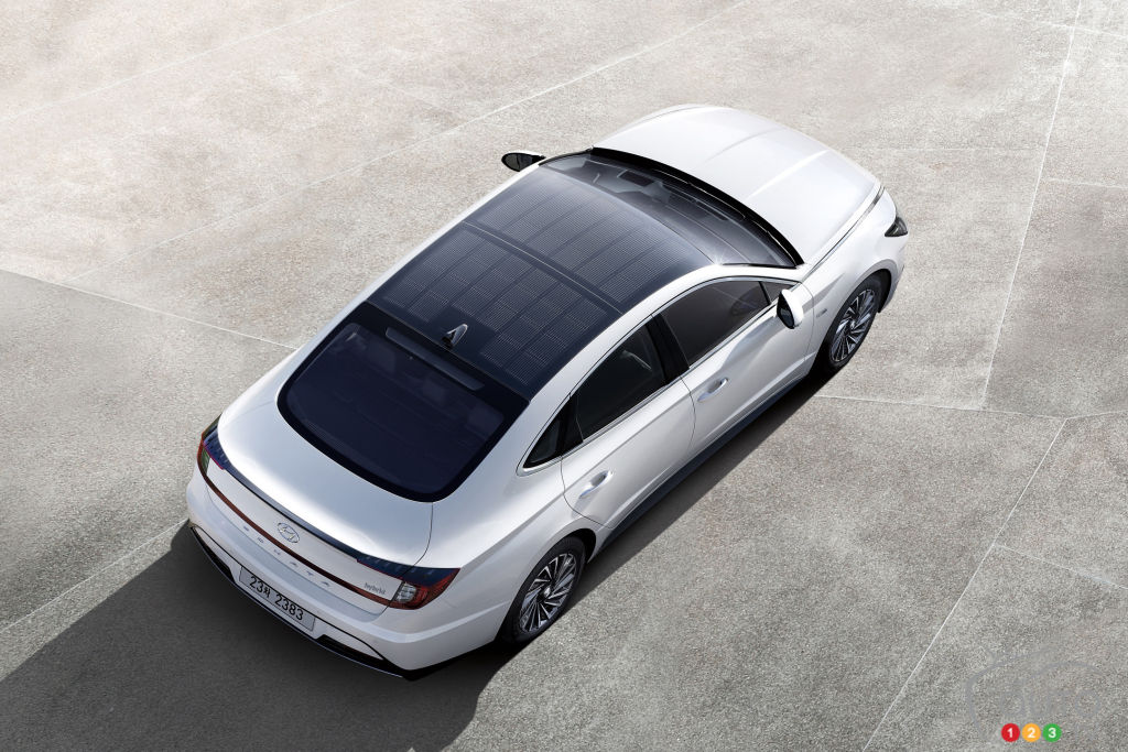Next Hyundai Sonata Hybrid To Feature A Solar Roof Car