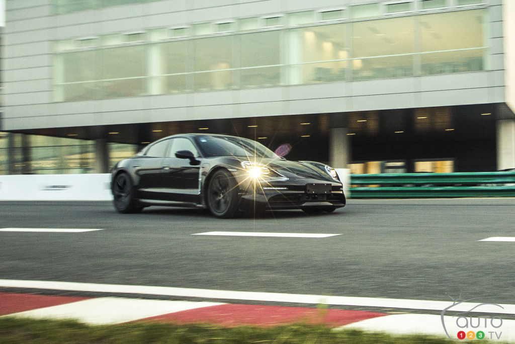 Porsche Taycan Sales Will Likely Outpace Those Of 911 Car News Auto123