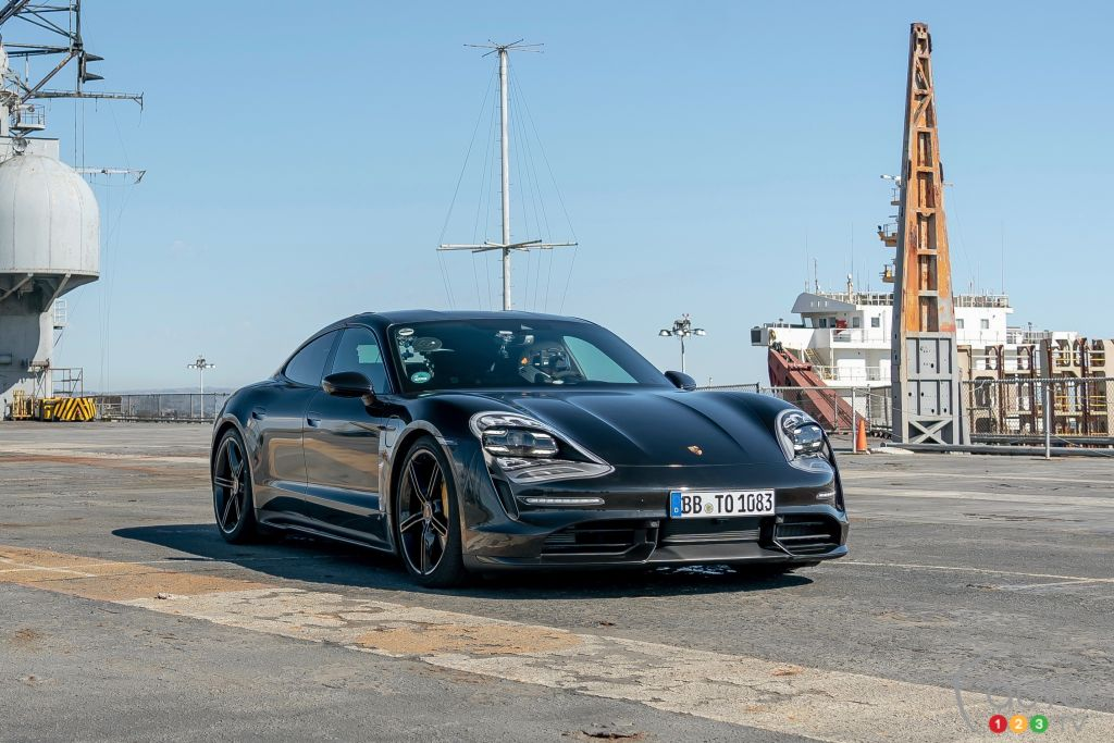 First Drive Of The 2020 Porsche Taycan Car Reviews Auto123
