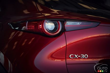 2020 Mazda CX-30, rear light