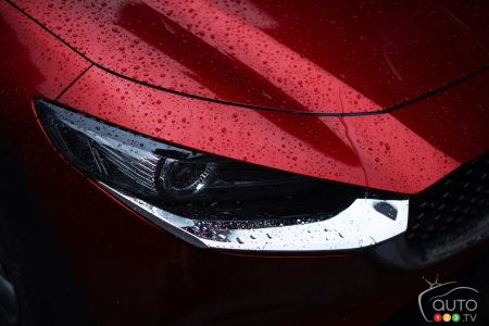 2020 Mazda CX-30, headlight