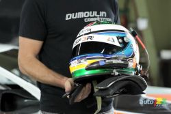 NASCAR Canadian Tire Series: Helmets video (french): Louis-Philippe Dumoulin, former Canadian Champion Formula 1600, describes the helmet he wears as a driver in the NASCAR Canadian Tire Series. He explains that it not only serves to protect his head, but it also has several other functions.