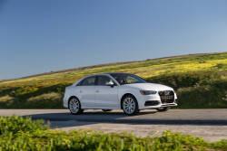 Avec une puissance de 220 ch et un couple de 258 lb-pi, le moteur 4 cylindres Audi, souvent imité, fait de l'Audi A3 2.0 TFSIᴹᴰ quattroᴹᴰ une force à ne pas négliger.