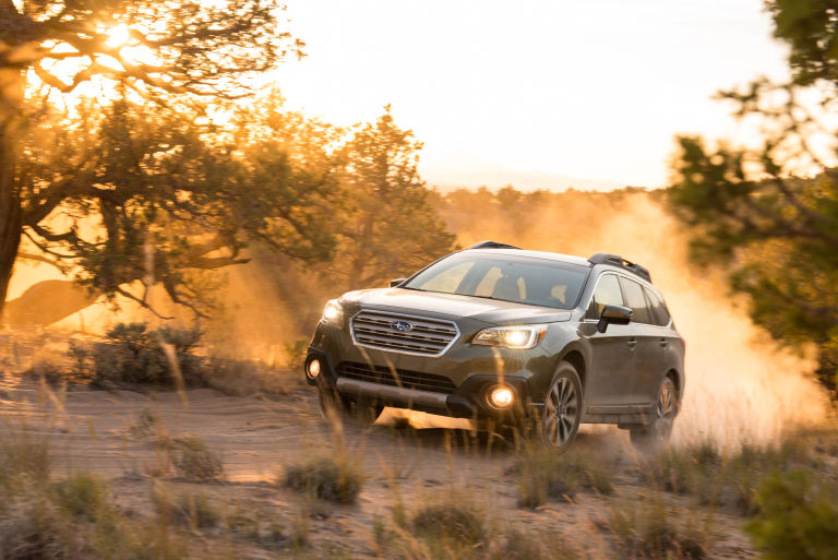 2015 Subaru Outback 3.6R Limited video road test