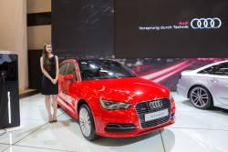 Un aperçu vidéo de ce que la Audi A3 e-tron 2015 a à offrir. Auto123.TV a profité de la journée média du Salon international de l'auto de Montréal pour capter ces images avec le journaliste d'auto123.com Mathieu St-Pierre.