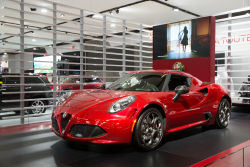 2015 Montreal auto-show video highlights part 3: In collaboration with Gala Media, Auto123.TV showcases a few highlights from the 2015 Montreal International auto-show. In this clip we take a look at Cadillac's El Miraj concept, the Alfa Romeo 4C as well as the new Mazda2.