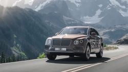 Stylish, Elegant, luxurious, powerful and most importantly excluse, the Bentley Bentayga will allow you to stand out in a world dominated by the Porsche Cayenne, Range Rover and Mercedes-Benz G wagon.