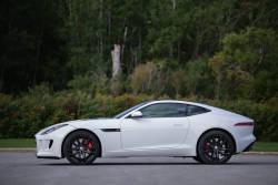 Mathieu St-Pierre d'Auto123.com s'est permis de dire que la Jaguar F-Type S Coupé était plus allemande qu'une allemande. Voyez pourquoi il s'est donné le droit de statuer ainsi dans cet essai routier vidéo.