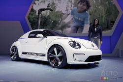 The latest Volkswagen Beetle lends itself well to all types of styling and technological exercises. This is especially true when the roof is chopped and the stance is improved. The E-Bugster is Volkswagen's latest electric car concept.