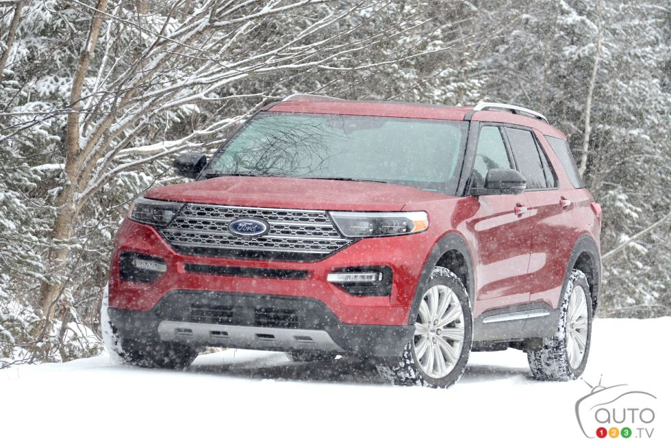 We drive the 2021 Ford Explorer hybrid