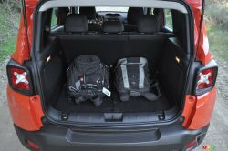 photos de v hicules jeep renegade 2015 images de jeep renegade. Black Bedroom Furniture Sets. Home Design Ideas