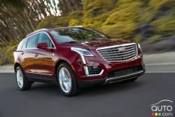 Le XT5 fait son entrée dans la catégorie la plus compétitive du marché automobile de luxe, celle des multisegments intermédiaires de luxe, dans laquelle Cadillac a établi des records de ventes en 2015.