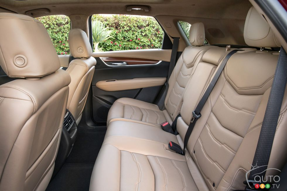 2017 Cadillac XT5 rear seats