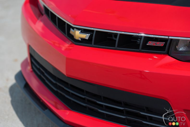 2015 chevrolet camaro ss coupe pictures auto123. Black Bedroom Furniture Sets. Home Design Ideas