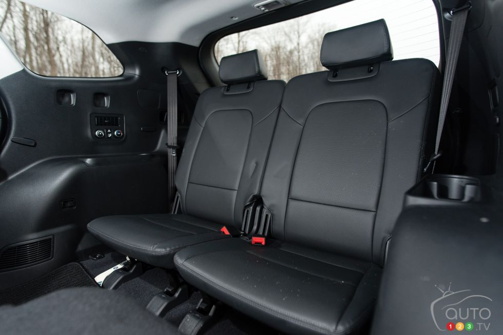 2015 hyundai santa fe xl awd pictures on. Black Bedroom Furniture Sets. Home Design Ideas