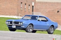 We test drive the 1968 Pontiac Firebird!