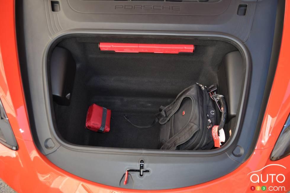 2017 Porsche 718 Boxster S front cargo area