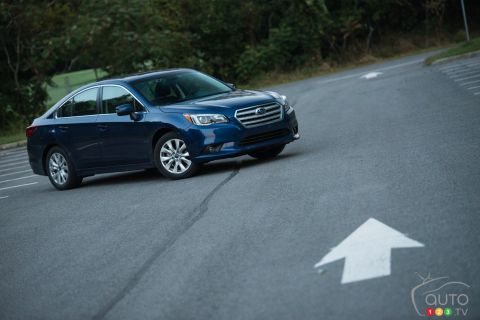 Photos de la Subaru legacy 2.5i Touring 2016
