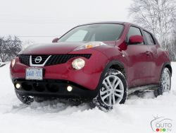 If this car would have been unveiled on April Fool's day, no one would have fell for it. Here we go again, another vehicle that hits Nissan's showroom floors without any clue as to how to categorize it. Last year, I classified the cube as a thingamabob, so the Juke falls in the doohickey category.