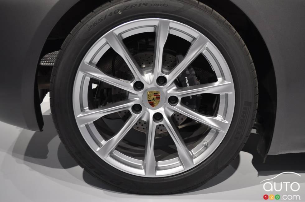 2017 Porsche 718 Boxster S wheel