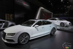 Audi presented their all new 2016 A7 at the 2014 Los Angeles auto show and we have a picture gallery.