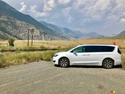 Road trip in the 2018 Chrysler Pacifica Hybrid