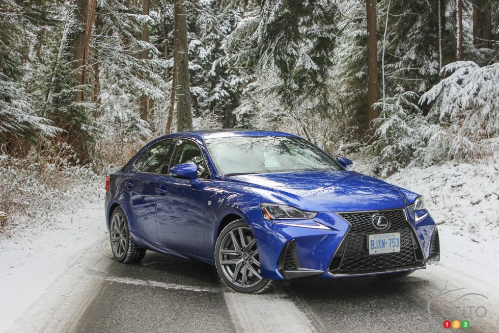 We test-drive the new 2019 Lexus IS 350