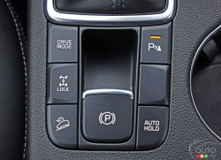 2017 Kia Sportage driving mode controls