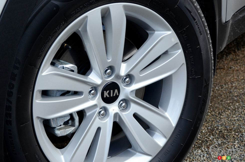 2017 Kia Sportage wheel