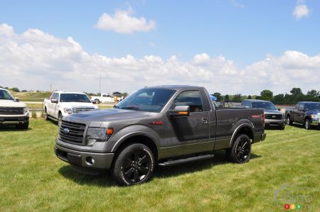 F 150 Tremor >> 2014 Ford F 150 Tremor Pictures On Auto123 Tv