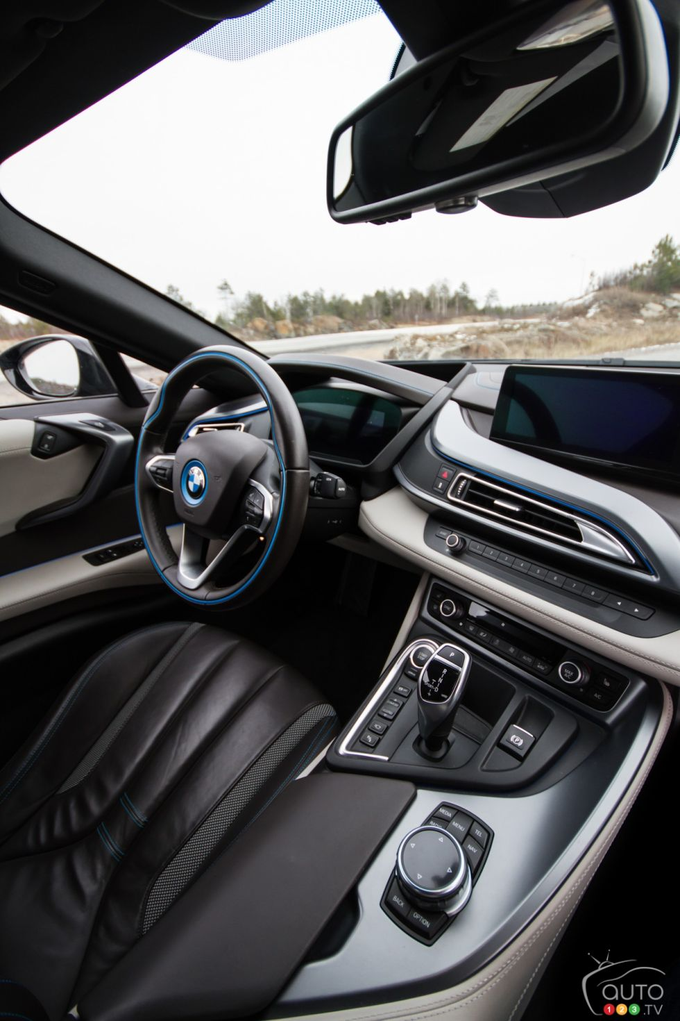 2016 Bmw I8 Pictures On Auto123 Tv