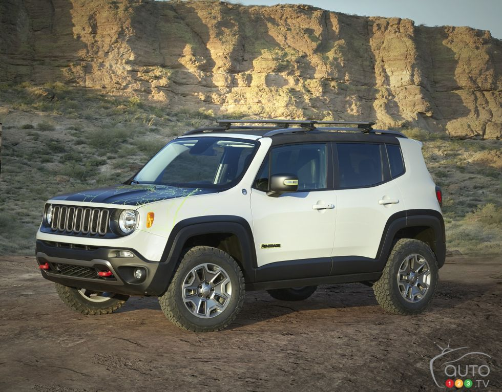 Jeep Renegade Commander Concept front 3/4 view