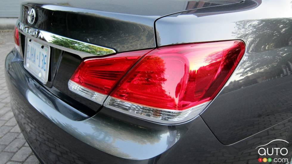 Rear taillight