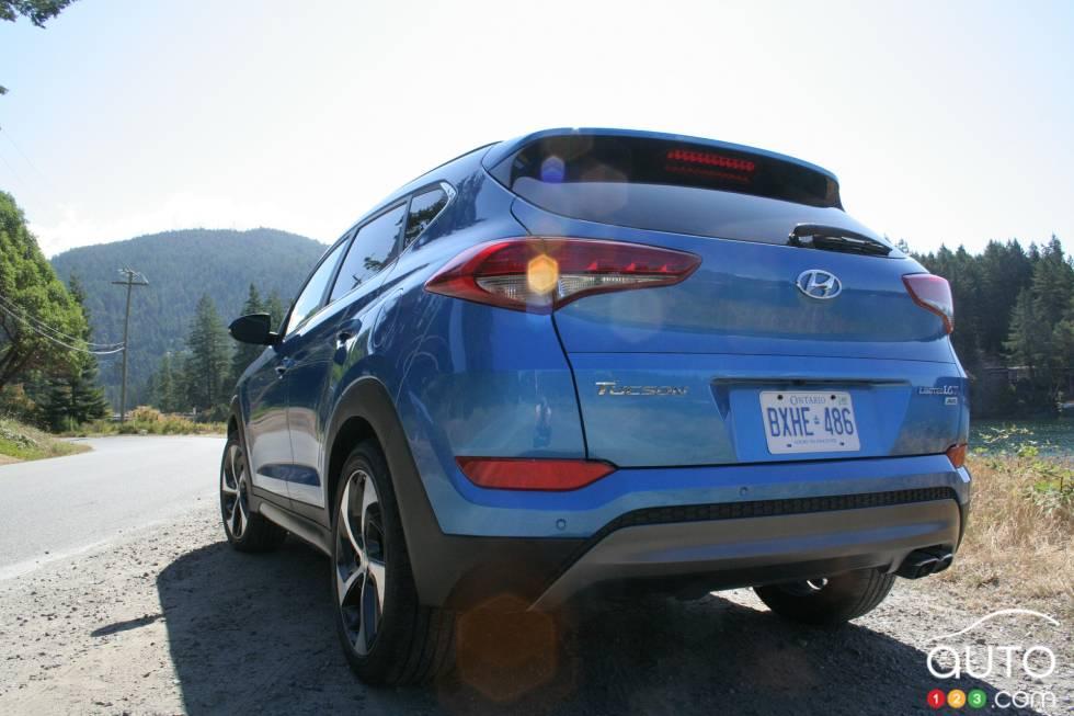2016 Hyundai Tucson rear view