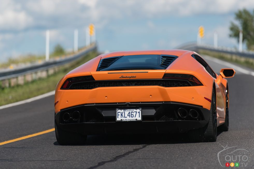 2015 Lamborghini Huracan Pictures On Auto123 Tv