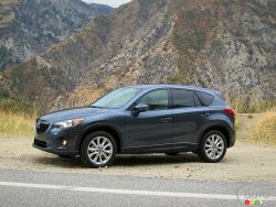 Compact crossover makes a connection - The 2013 Mazda CX-5 is available in three trim levels with nine model codes, with features such as segment-first blind-spot monitoring and rain-sensing wipers in the range-topping GT.