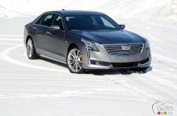 Cadillac CT6 2018: driving a car that drives itself