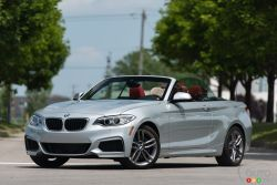 Laid-back look, compact proportions – the first-ever BMW 2 Series Cabriolet. Its extroverted design language with short overhangs, powerful contours and a muscular rear reflect its self-confident nature.