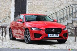 We test-drive the 2020 Jaguar XE