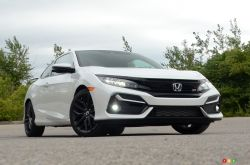 We drive the 2020 Honda Civic Si Coupe