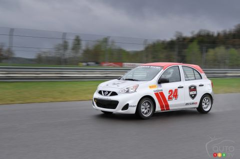 Nissan Micra Cup car pictures
