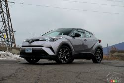 Here is the new 2019 Toyota C-HR