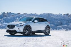 After 6,000 kilometres, one thing is clear: The Mazda CX-3 is essentially a Mazda3 with AWD. What does Miranda think about it, listen to this video update?