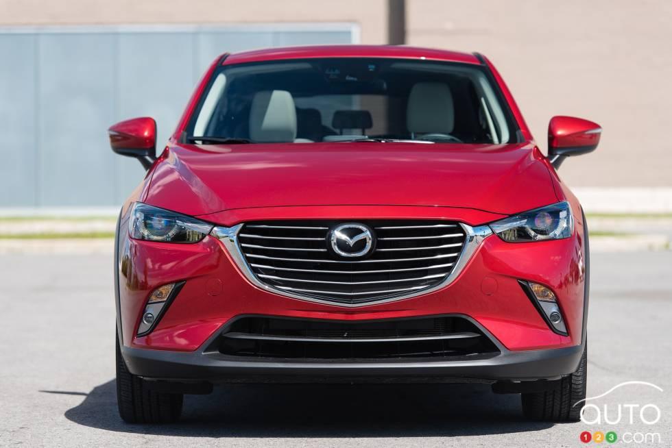 Vue avant de la Mazda CX-3 GT 2016