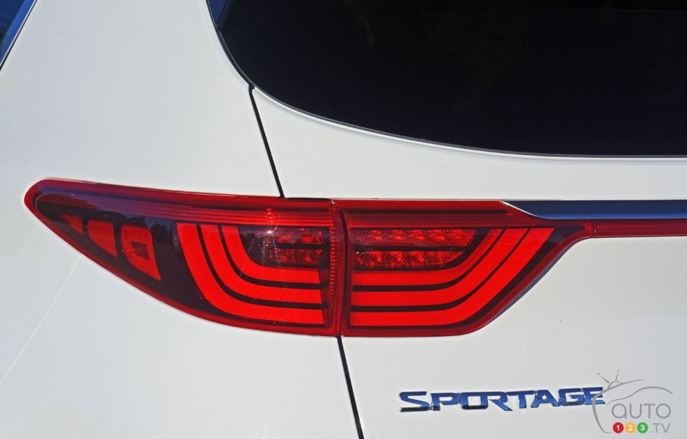 2017 Kia Sportage model badge