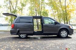 We drive the 2020 Dodge Grand Caravan