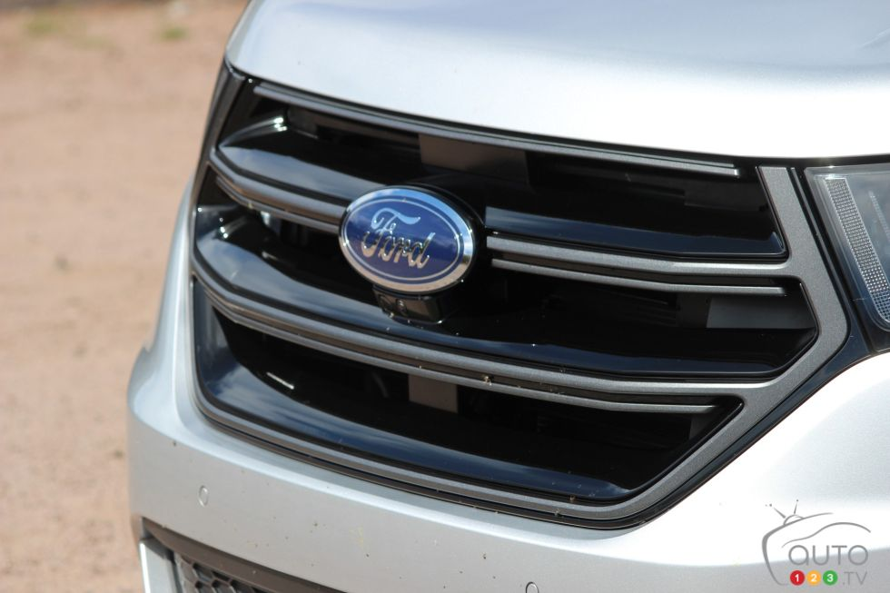 Ford Edge Sport Pictures Front Grill