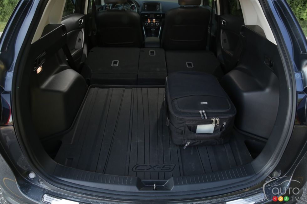 photos du mazda cx 5 gt 2015 sur. Black Bedroom Furniture Sets. Home Design Ideas