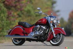 On the road, the 2014 Indian Chief Classic behaves soundly and predictably. The long wheelbase and rigid frame inspire confidence in corners, while the competent suspension provides good stability and more comfort than you'd expect from a low-profile motorcycle. Ground clearance is decent for a cruiser, so you can actually have fun on twisty roads. What's more, braking proves safe and convincing -- a significant improvement from the old model.