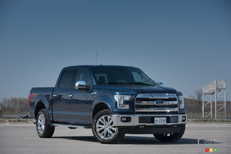 photos de la ford f 150 lariat supercrew 4x4 2015 sur. Black Bedroom Furniture Sets. Home Design Ideas